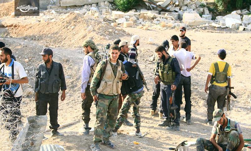 مقاتلون في جبهة البحارية جنوب الغوطة الشرقية - تموز 2016 (جيش الإسلام)