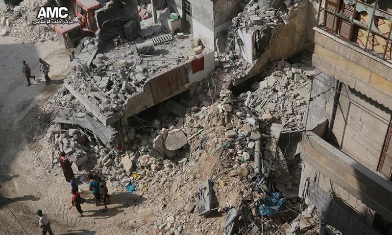 دمار هائل خلفه القصف على حي الفردوس- الأربعاء 12 تشرين الأول (مركز حلب الإعلامي)