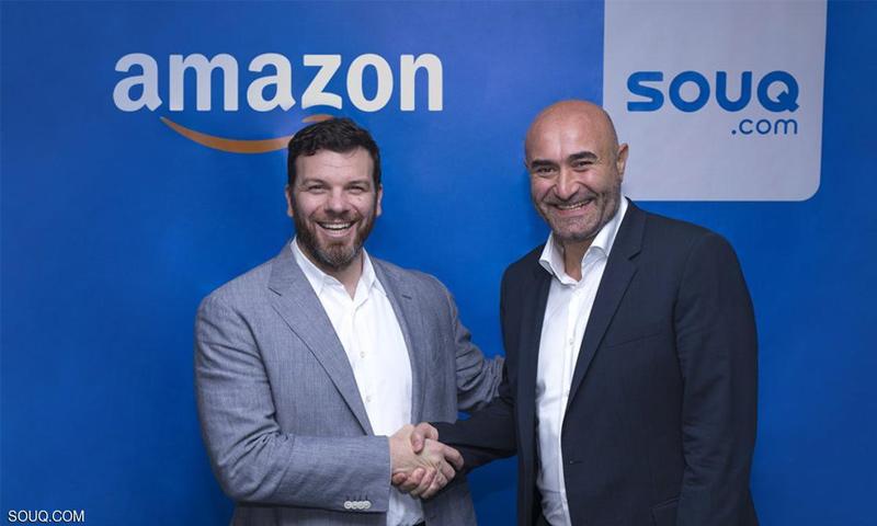 """العضو المؤسس والرئيس التنفيذي لـ""""سوق.كوم""""، رونالدو شحرور (يمين الصورة) إلى جانب روس جراندينتي، نائب رئيس """"أمازون"""" للمستهلك الدولي (إنترنت)"""