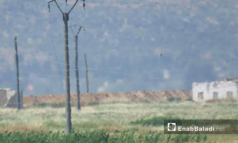 قوات الأسد تنشئ سواتر ترابية في قرية قبر فضة بسهل الغاب- الأربعاء 24 أيار (عنب بلدي)