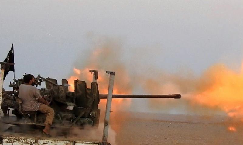 تنظيم الدولة يستهدف مواقع قوات الأسد على الحدود السورية العراقية - 23 آب 2017 (أعماق)