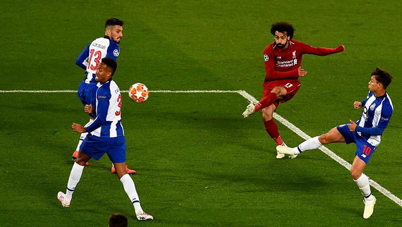 اللاعب محمد صلاح أثناء مباراة ربع النهائي ضد بورتو البرتغالي 10 نيسان 2019 (صفحة اللاعب على فيس بوك)