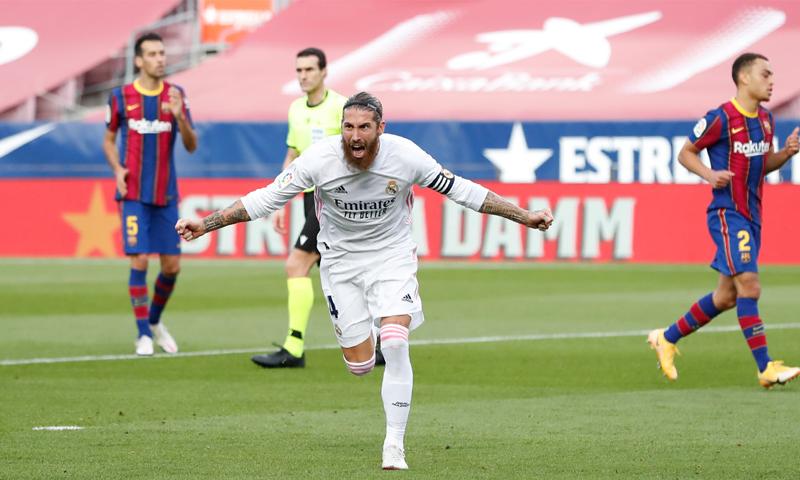 راموس بعد تسجيله هدفًا في مرمى برشلونة - 24 من تشرين الأول 2020 (ريال مدريد/تويتر)