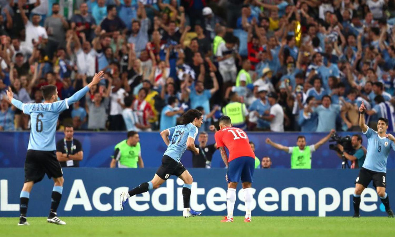 مبارة بين الاورغواي وتشيلي تصفيات امريكا الجنوبية - حزيران 2016 (رويرترز)