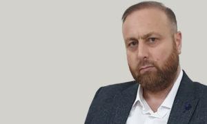 مدير العلاقات العامة في الفيلق الثالث علي حنورة (تعديل عنب بلدي)