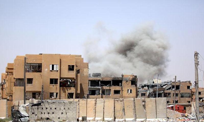 قصف التحالف الدولي على الرقة، 2017 (رويترز)