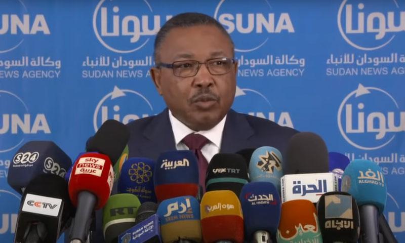 وزير الخارجية السوداني عمر قمر الدين في المؤتمر الصحفي 20 من تشرين الأول 2020 (وكالة الأنباء السودانية)