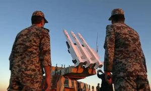 مقاتلون من الحرس الثوري الإيراني - 27 من تشرين الثاني 2020(رويترز)