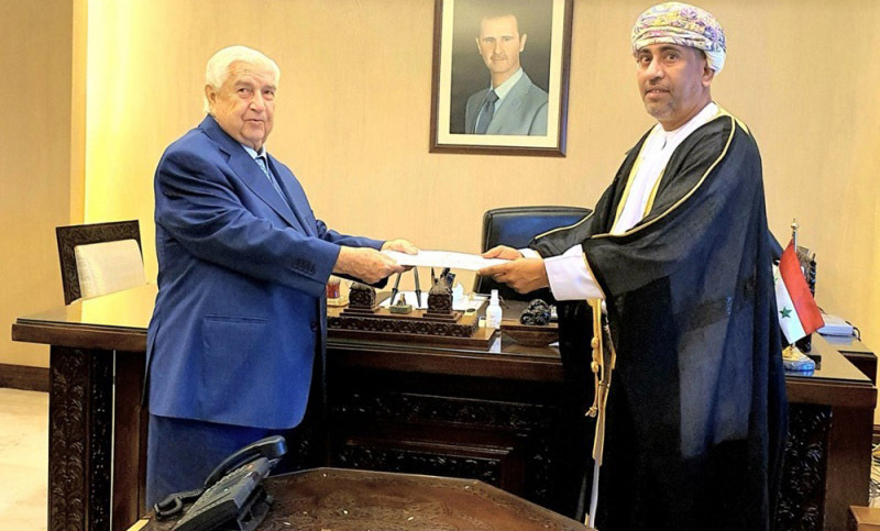The Syrian Foreign Minister receives the credentials of the Omani ambassador; Turki bin Mahmoud Al-Busaidi (Al-Arab)